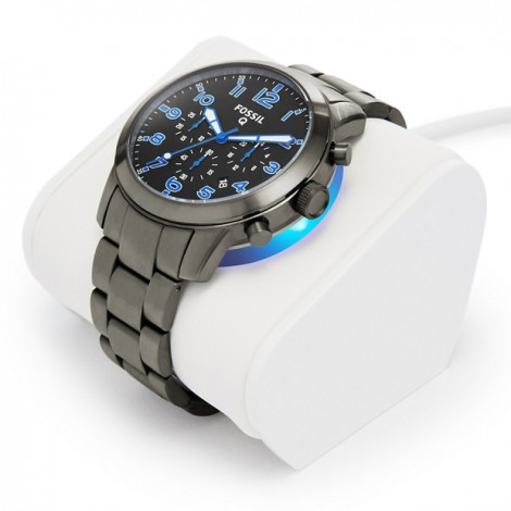 Fossil Q54 Pilot smart watch charging